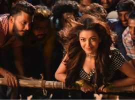 Jr NTR and Kajal Aggarwal in Pakka Local Song from Janatha Garage.