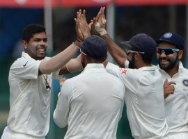 Riding on Ravichandran Ashwin and Ravindra Jadeja's brilliant bowling, New Zealand were bundled out by hosts India for 262 on the third day of the first Test at the Green Park stadium here on Saturday.
