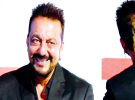 Sanjay Dutt, the actor who always has been a trend setter in Bollywood Industry and also for his fans, is now seen pulling off  a golden pony tail. When Dutt made an appearance for an event he was complimented immensely for his new look. The actor had cut his hair short with a pony tail left behind. Sanjay Dutt whom we have seen with long hair for a long time, has it cut short this time leaving a golden pony tail.