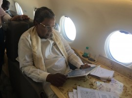 Cauvery Issue: Siddaramaiah on the way to Delhi to meet Tamil Nadu Ministers. CM of Karnataka took to micro-blogging site Twitter and posted the image and wrote: