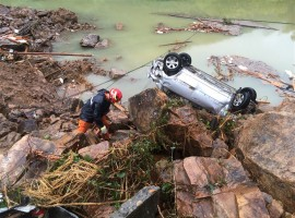 Deadly Typhoon Megi causes landslides in China after slamming into Taiwan.