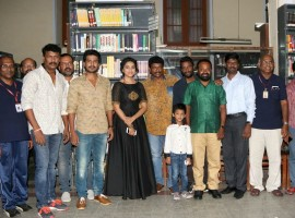 Tamil movie Maaveeran Kittu Teaser launched in Chennai. Celebs like Vishnu Vishal, R. Parthiban, Sri Divya, Pa Ranjith, Harish Uthaman, Kasi Viswanathan, Icewear Chandrasamy, Suseenthiran, Rajeevan, D.N.Thai Saravanan, Samuthirakani and others graced the event.