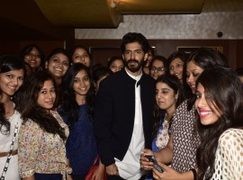 In a first of a kind event, Mirza aka Harshvardhan Kapoor held a special screening of his recently released film Mirzya for his girls fans.