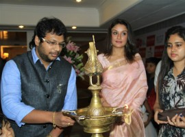 Photos of South Indian Actress Sonia Agarwal inaugurates Hoofa Posh Exhibition and Fashion show in Chennai.