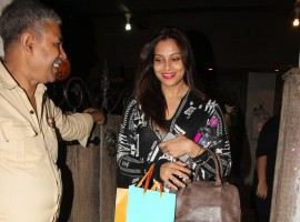 Photos of Bollywood actress Bipasha Basu spotted at Aalim Hakim Salon in bandra.