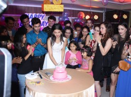Photos of Actress Digangana Suryavanshi celebrated her 19th birthday at Flags restaurant in Lokhandwala, Andheri West, Mumbai.