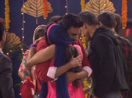 Diwali is just around the corner and the festivities have already begun in the Bigg Boss house and Bigg Boss has made the occasion memorable for the housemates.