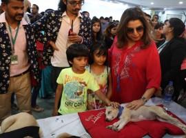 Photos of Farah Khan and Sooraj Pancholi visit Adoptathon 2016.