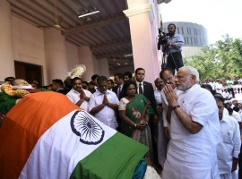Jayalalithaa death: PM Narendra Modi pays his last respect to Chief Minister Amma.