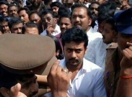 South Indian actor Suriya pays last respect to CM Jayalalithaa.