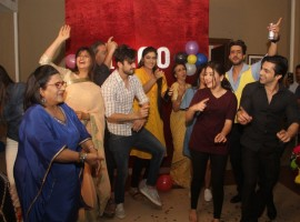 Abhishek Verma and Aditi Bhatia celebrate the completion of 1000 episodes of television serial Yeh Hai Mohabbatein in Mumbai, on Dec 8, 2016.