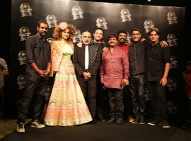 Karsh Kale, Kangana Ranaut, Manish Arora, Ragu Dixit and Gaurav Raina at Blenders Pride Fashion Tour 2016.