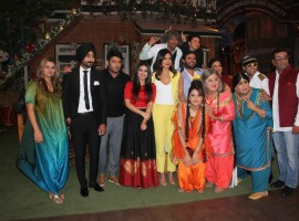 Punjabi singer Ranjit Bawa, stand-up comedian Sunil Grover, Bollywood actor Priyanka Chopra, filmmaker Karaan Guliani and Punjabi film actor Simi Chahal during the promotion of Punjabi film Sarvann on the sets of the Kapil Sharma Show in Mumbai.