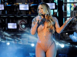 Mariah Carey performs during a concert in Times Square on New Year's Eve in New York, U.S. December 31, 2016. Picture taken on December 31, 2016.