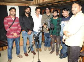 Singers Ehsan Asghar and Divya Kumar during the recording of the song Wo Jannat Ki Jagir in Mumbai on Jan. 2, 2016.
