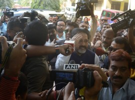Lok Sabha MP and leader of Trinamool Congress parliamentary party Sudip Bandyopadhyay arrives to appear before CBI in connection with the Rose Valley chit fund scam in Kolkata on Jan 3, 2017.