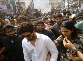 Tollywood actor Allu Arjun watches Chiranjeevi's Khaidi no 150 movie at Sandhya Theater with Allu Sneha.