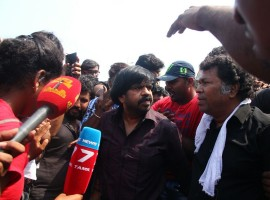 South Indian actor T. Rajendar joins protest against Jallikattu ban at Marina beach.