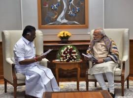 Jallikattu protests spread across Tamil Nadu, Chief minister Panneerselvam meets PM Narendra Modi.
