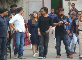 Bollywood actor Shah Rukh Khan spotted at Mehboob studio.