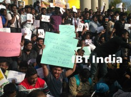 Bengaluru stands with Tamil Nadu; Jallikattu supporters gather in city to protest against the ban.