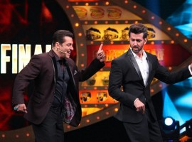 Bigg Boss 10 finale: Hrithik Roshan and Yami Gautam promote Kaabil on Salman Khan's show.
