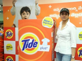 Tollywood actor Prince Mahesh Babu wife Namrata Shirodkar launches The new Tide Plus at Big Bazaar in Hyderabad.
