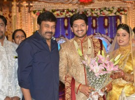 Popular music director Koti's son Rajeev Saluri and Prathyusha wedding reception held at the JRC Convention in Hyderabad. Celebs like Megastar Chiranjeevi, Balakrishna, Venkatesh, Nandamuri Ramakrishna, K Raghavendra Rao, Allu Aravind, MM Keeravani, Murali Mohan, Drums Sivamani, RP Patnaik, Subbarami Reddy and others graced the event.
