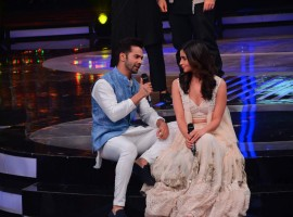 Bollywood actor Varun Dhawan and Alia Bhatt promote Badrinath Ki Dulhania on Dil Hai Hindustani on February 24, 2017.