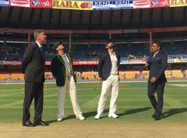 Indian skipper Virat Kohli won the toss and elected to bat in the second cricket Test against Australia at the M. Chinnaswamy Stadium here on Saturday. After winning the opening Test in Pune by a mammoth 333-run margin, Australia on Friday announced they will go in with an unchanged squad.