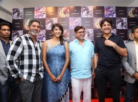Tollywood actor Nagarjuna launches Bharat Thakur's Colossal Abstracts at Gallery Space, Road No 12, Banjara Hills in Hyderabad. Celebs like Jagapathi Babu, Lakshmi Manchu, Aditi Chengappa, Kamna Singh, KK Senthil Kumar and others graced the event.