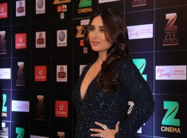Bollywood actress Kareena Kapoor Khan spotted during the Fair & Lovely Zee Cine Awards 2017 in Mumbai on March 11, 2017.