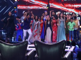 Keeping in sync with the festivities of the season, COLORS' LIVE singing reality show Rising Star serenaded viewers with a hamakedaar Sunday episode. With the spirit of Holi in the air, viewers witnessed an entertainment bonanza as their favourite Bollywood actors Alia Bhatt and Varun Dhawan joined the experts' panel to celebrate music unlike ever before!
