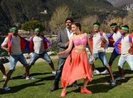 Pawan Kalyan and Shruti Hassan's Emo Emo song stills from Katamarayudu Movie. The movie is directed by Kishore Kumar Pardasani (Dolly) and Music by Anup Rubens.
