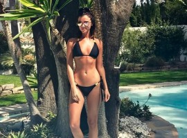 Hollywood actress Lucy Mecklenburgh shows off her toned figure in tiny bikini.