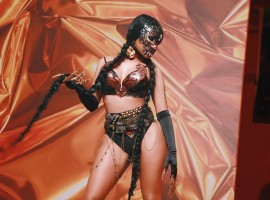 Hollywood actress Nicki Minaj flaunts jaw-dropping body in 'Light My Body Up' video with David Guetta.