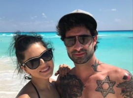 Bollywood actress Sunny Leone and her husband Daniel Weber were spotted chilling at Cancun Beach.