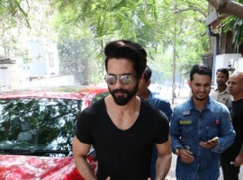 Bollywood actor Shahid Kapoor spotted at Hakkiam Ali Salon at Bandra in Mumbai.