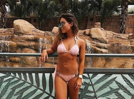 Hollywood actress Louise Thompson's Hottest Bikini Pictures.