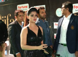 South Indian actress Varalaxmi Sarathkumar spotted at IIFA Utsavam Awards 2017 Green Carpet.
