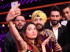 Selfie Time with Judges and Daler Mehendi on the set of Dil Hai Hindustani.