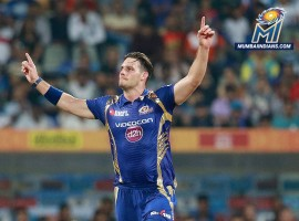 Mumbai Indians dominated with both bat and ball to defeat Sunrisers Hyderabad (SRH) by four wickets in an Indian Premier League (IPL) clash at the Wankhede Stadium here on Wednesday. Choosing to field on winning the toss, Mumbai restricted SRH to 158/8 in 20 overs and then achieved the target in 18.4 overs losing six wickets along the way. Nitish Rana played a crucial role for Mumbai with a 36-ball 45 which included three boundaries and two sixes. He produced a 48-run partnership along with Krunal Pandya which came off 21 balls. Pandya scored 37 runs off 20 deliveries which included three boundaries and an equal number of sixes. Pacer Bhuvneshwar Kumar was the most successful among the SRH bowlers with figures of 3/21 Ashish Nehra, Deepak Hooda and Rashid Khan got a wicket each.