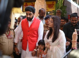 Bollywood actors Aishwarya Rai and Abhishek Bachchan along with their daughter Aaradhya Bachchan visit Siddhivinayak Temple to offer prayers, as they celebrated their 10th wedding anniversary in Mumbai on April 20, 2017.