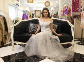 Bollywood actress Sana Khan showcase Dimple and Amrin Summer collection.