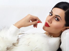 For movies and characters, actors research a lot and make sure that their character portrayal is as true to the character. When it comes to Taapsee Pannu, she makes sure every bit of her character she plays on screen right from her accent to appearance; it matters to her that it is suited best and to complete perfection.