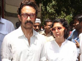 Bollywood actor Aamir Khan along with wife Kiran Rao pay homage to late actress Reema Lagoo.