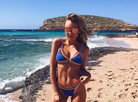 Scottish singer Tallia Storm shows off incredibly fit figure.