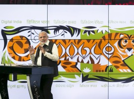 India's Prime Minister Narendra Modi speaks about India's digital initiatives at the Google campus in Mountain View, California September 27, 2015. The Indian premier continues his Silicon Valley tour on Sunday with visits to Facebook and Google Inc headquarters before an event at the San Jose Convention Center that 18,000 people are expected to attend.
