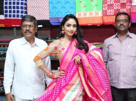 South Indian actress Pooja Sree launches Pochampally Ikat Mela at ECIL.