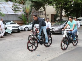 Bollywood superstar Salman Khan took his Being Human e-cycle out for a spin on the streets of Bandra in Mumbai.